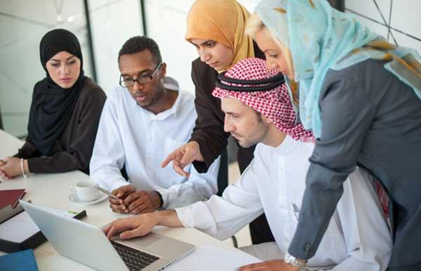 Social etiquette and rules in Saudi Arabia