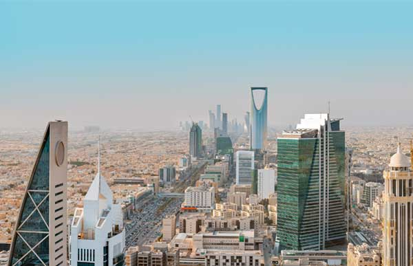 Reasons to consider living and working in Saudi Arabia